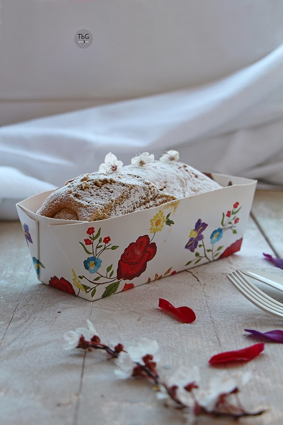 Plum cake de frutas escarchadas y Baileys. Receta.